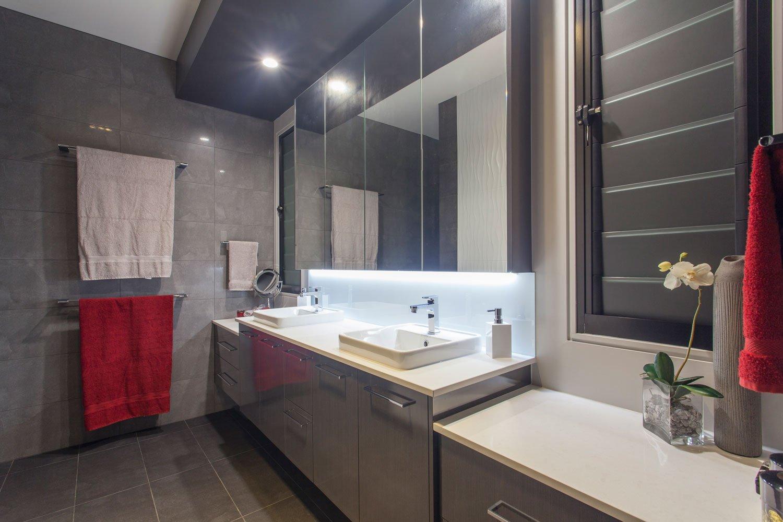 modern-bathroom-gold-coast