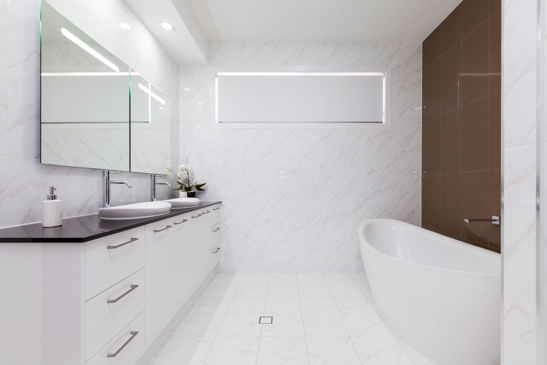 vanity-white-2pac-gold-coast